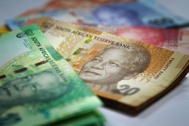 Outstanding debt with SARS