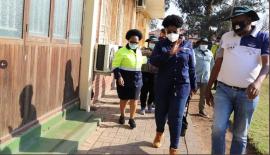 Minister Mmamoloko Kubayi warns housing contractors